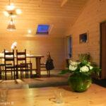 1366977135huis-huren-overijssel-woonkamer-en-eettafel-1